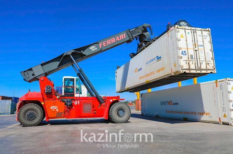 Казахстан наращивает объёмы международной торговли: товарооборот вырос на 7%