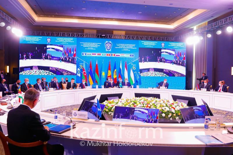 总统:哈萨克斯坦高度重视独联体国家监管当局的长期合作