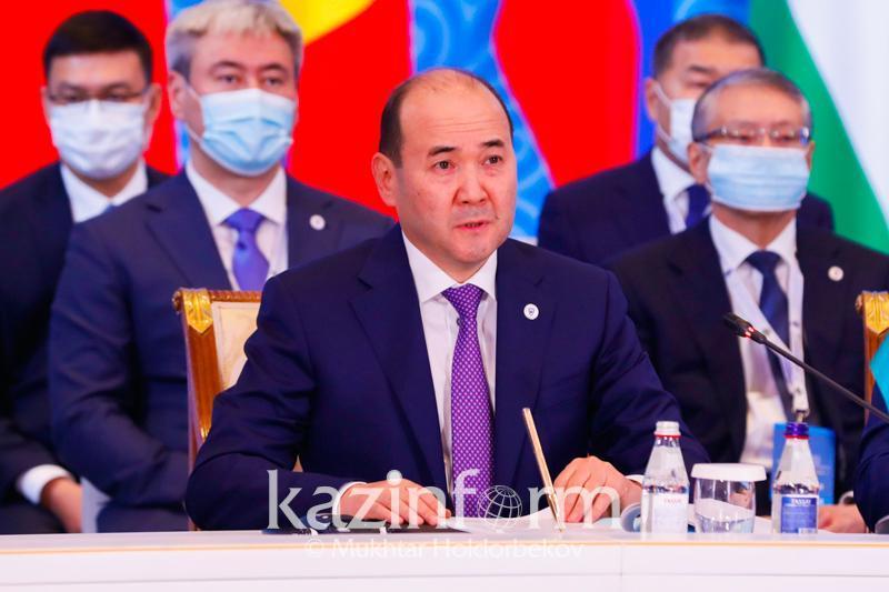 总检察长介绍哈萨克斯坦在法律领域的改革