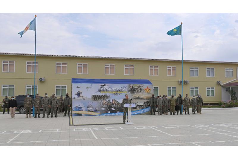 Президент – Верховный главнокомандующий посетил военные учения «Отпантау-2021»