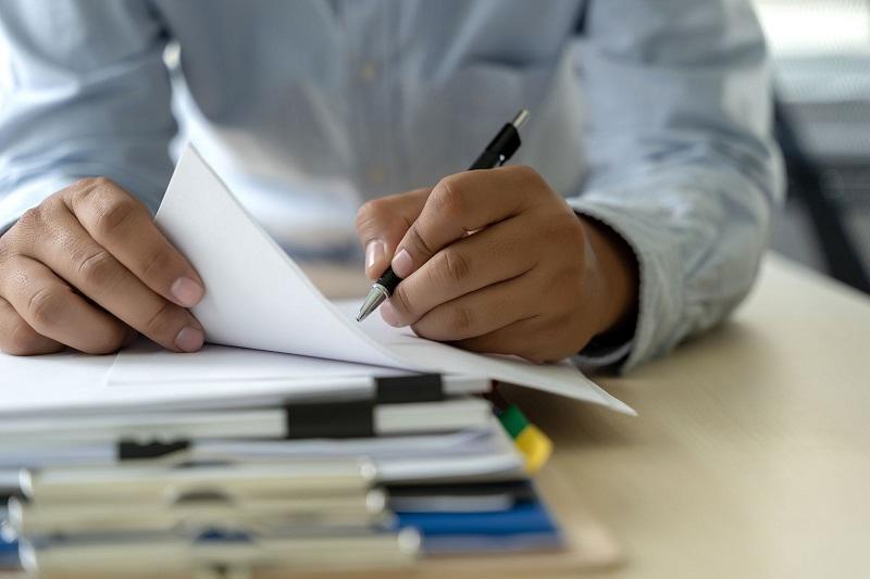 Количество конкурсных документов для НПО могут сократить вдвое в РК
