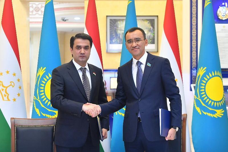 Парламенты Казахстана и Таджикистана будут сотрудничать активнее: спикеры подписали Соглашение
