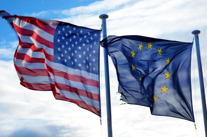 США и ЕС объявили о глобальном партнерстве в сфере вакцинации от КВИ