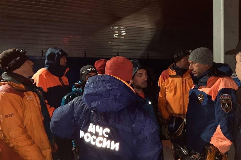 До пяти возросло количество погибших на Эльбрусе альпинистов