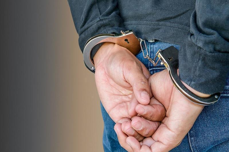 Иностранца с наркотиками задержали в Туркестанской области