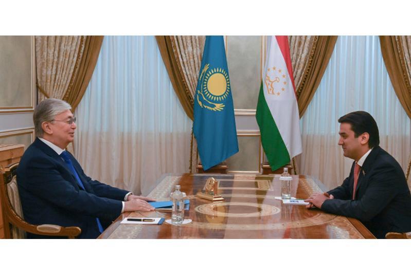 Президент РК принял председателя Маджлиси милли Маджлиси Оли Таджикистана