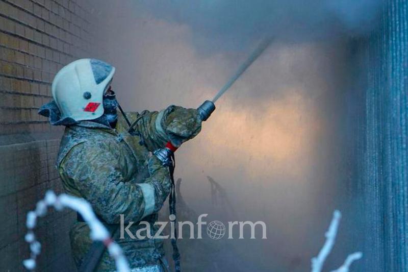 Пожар произошел в доме престарелых в Аксу