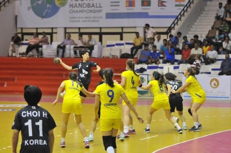 女子手球亚锦赛:哈萨克斯坦将争夺铜牌