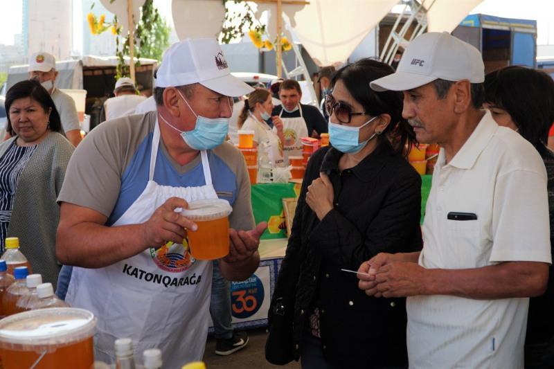 Свыше 197 тонн продукции реализуют на ярмарке в Нур-Султане