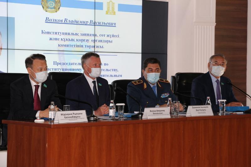 Сенаторы обсудили вопросы качества юридического образования в Казахстане