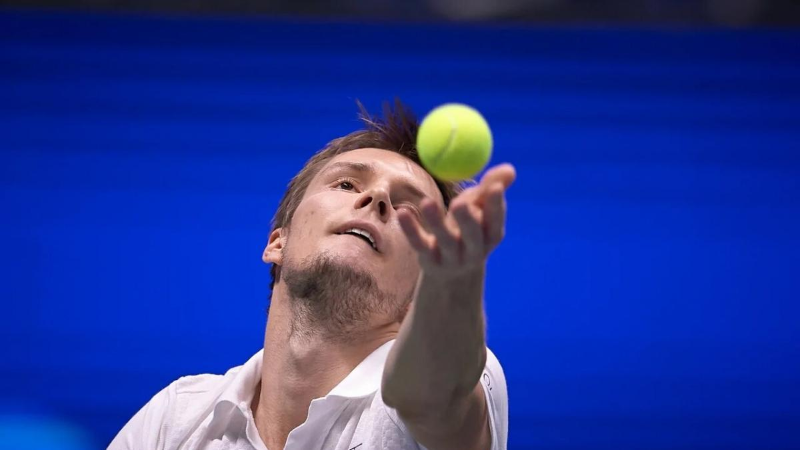 Александр Бублик выступит в полуфинале турнира Astana Open