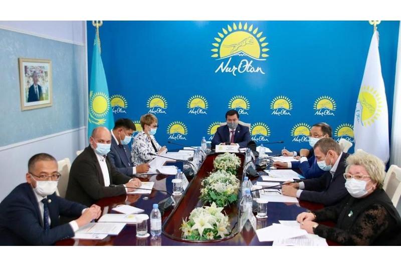 Реализацию предвыборной программы партии Nur Оtаn обсудили в Караганде