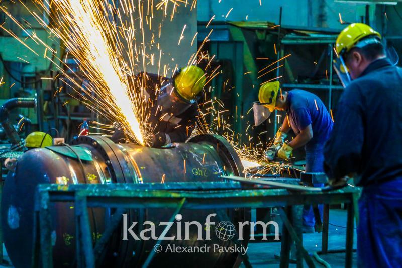 Смертность от несчастных случаев на производствеснизиласьв Казахстане