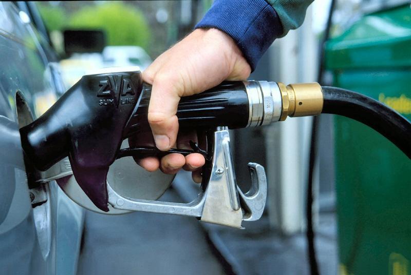 Ұлыбританияда бензин тапшылығы проблемасы туындады