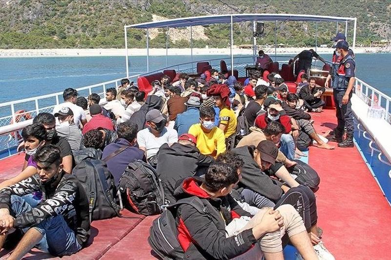 Более 250 нелегальных мигрантов задержаны у побережья Турции