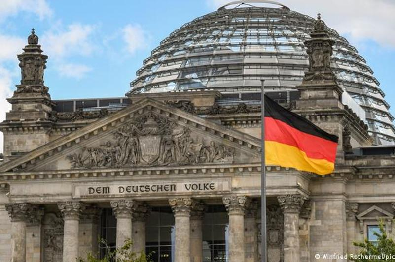 Социал-демократическая партия Германии побеждает на парламентских выборах