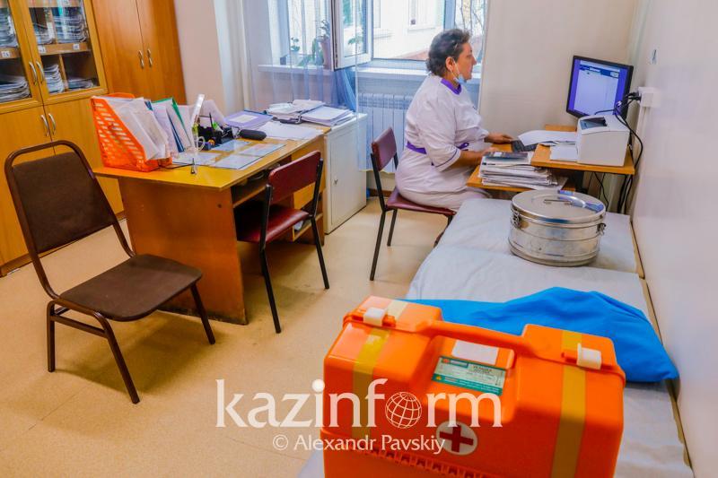 960 школьников заболели КВИ с начала учебного года в Алматинской области