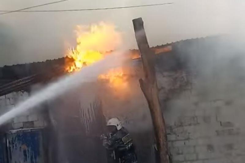 Жители Караганды остались без электричества из-за пожара в трансформаторе