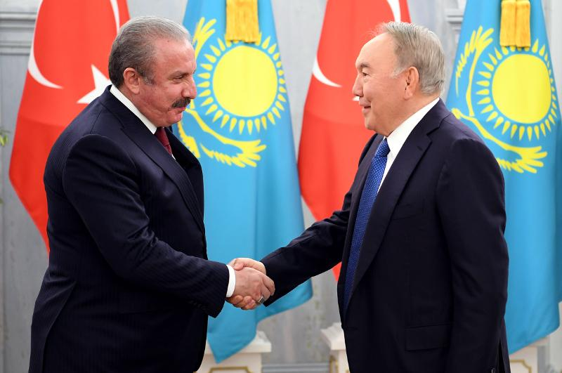 Нурсултан Назарбаев встретился со спикером Великого национального собрания Турции