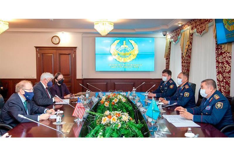 Kazakh Interior Minister, US ambassador hold meeting