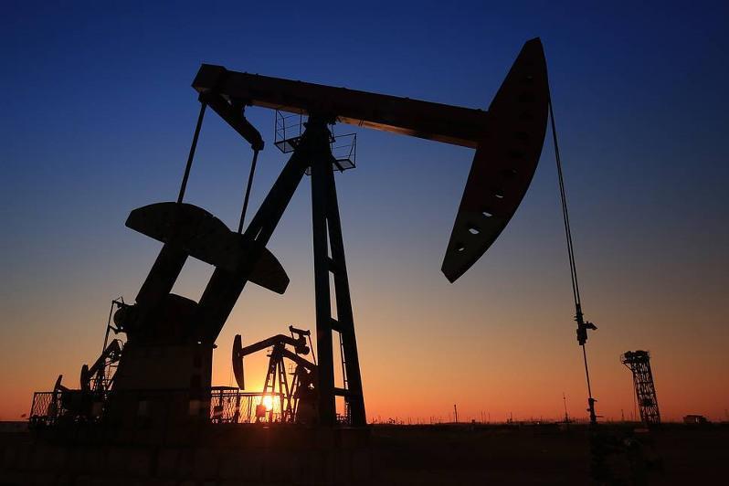 Цена нефти Brent превысила $79 за баррель впервые с октября 2018 года