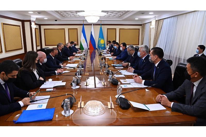 Аскар Мамин провел встречу с Главой Башкортостана Радием Хабировым