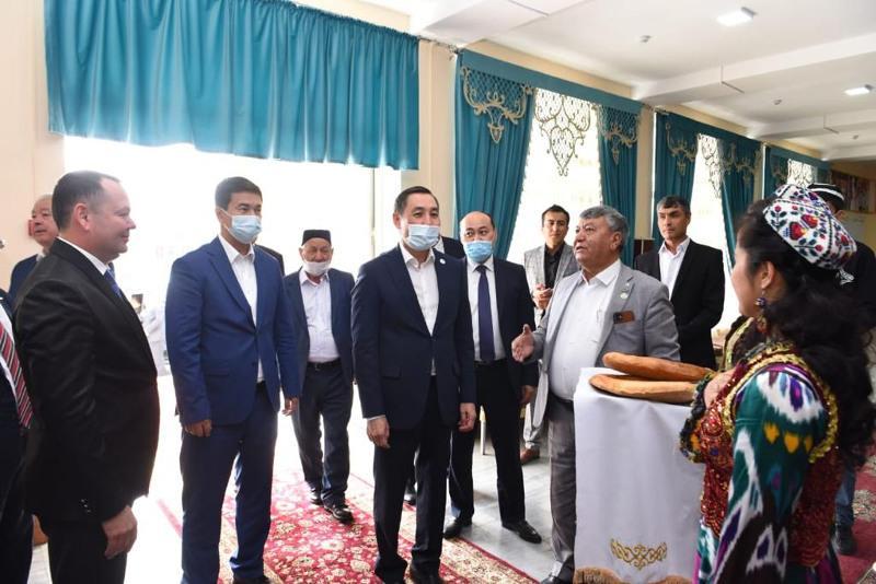 М.Азильханов: Казахстанские узбеки — неотъемлемая часть народа Казахстана