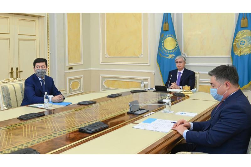 托卡耶夫总统出席阿塔梅肯企业家协会第八届大会