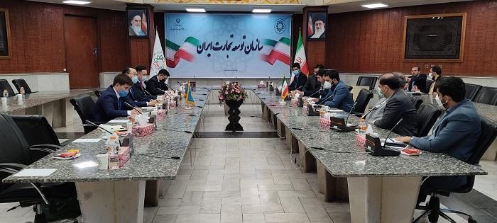 伊朗-哈萨克斯坦商业论坛在德黑兰举行