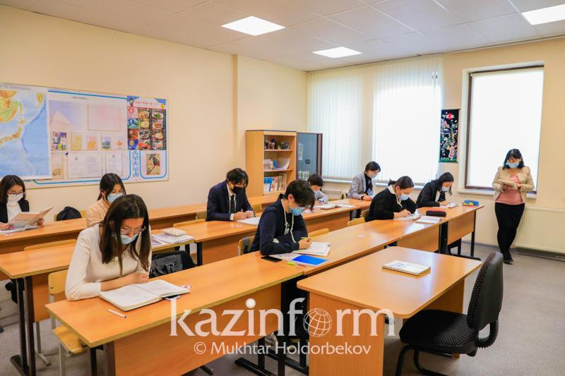 Более 300 новых образовательных программ введено в казахстанских вузах