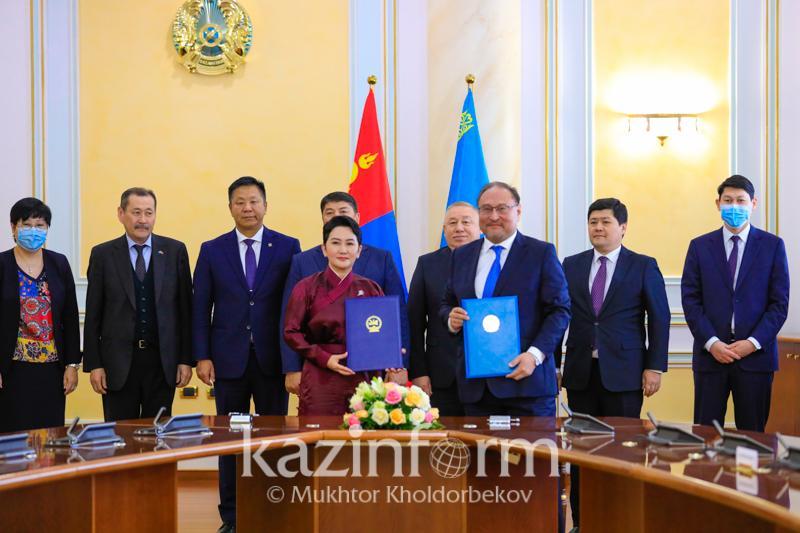 Состоялся первый официальный визит министра иностранных дел Монголии в Казахстан