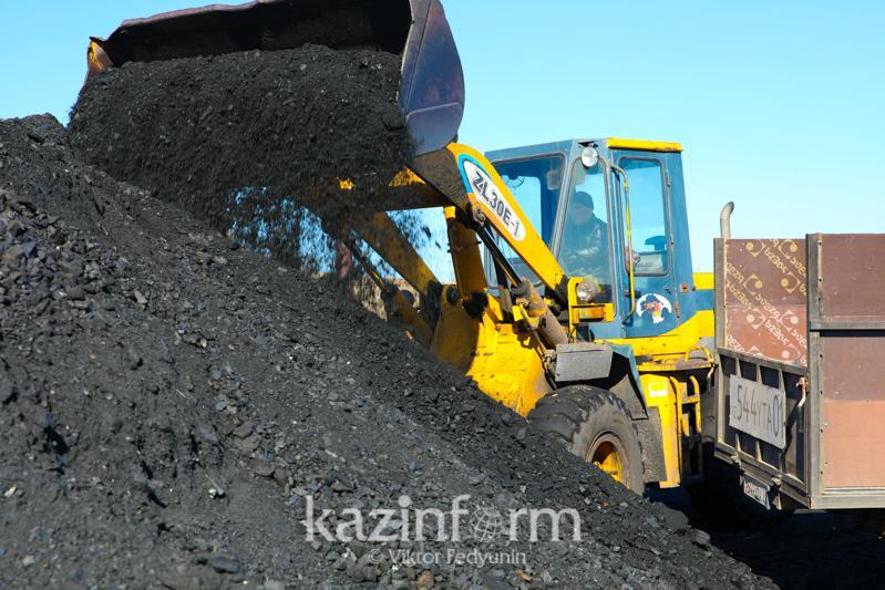 Қазақстанда көмір мен шикі мұнай өндірісі төмендеді