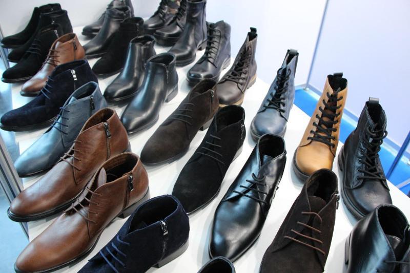 Обязательную маркировку обувной продукции введут с 1 ноября в Казахстане