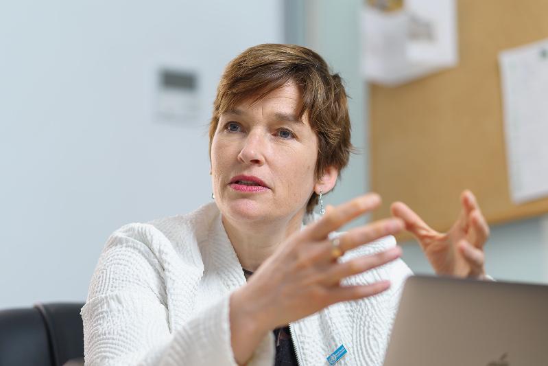 Пандемия выдвинула на передний план проблему о психическом здоровье -  доктор Кэролайн Кларинваль
