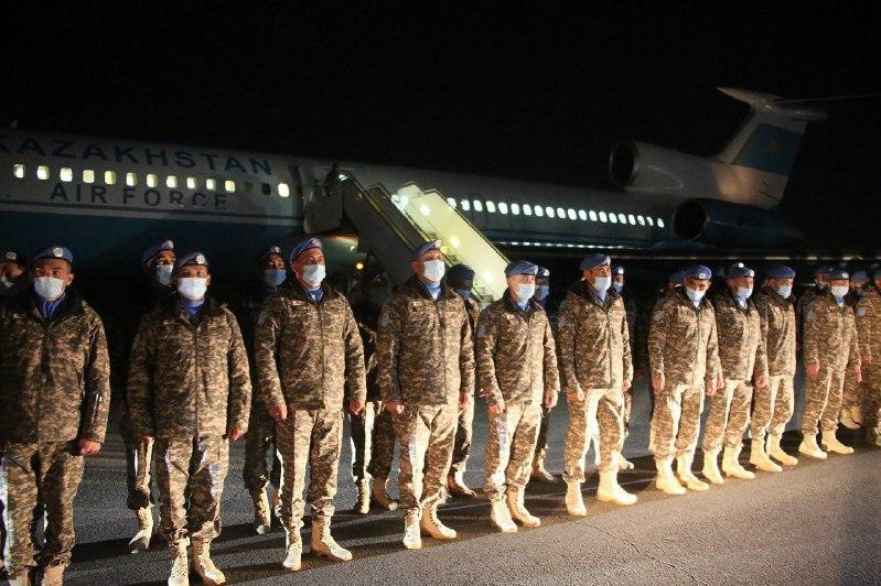 哈萨克斯坦第六批赴黎巴嫩维和部队启程