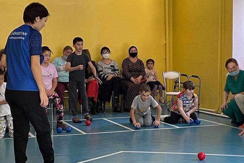 Секцию по паралимпийскому виду спорта для детей с инвалидностью открыли в ВКО