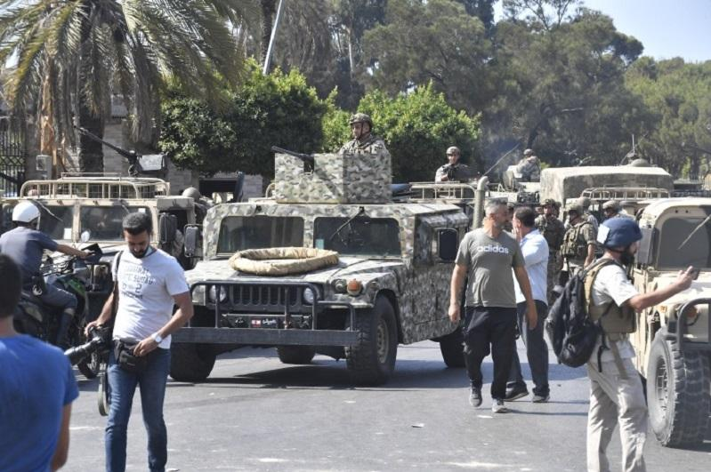 В Бейруте произошла перестрелка во время митинга шиитских партий