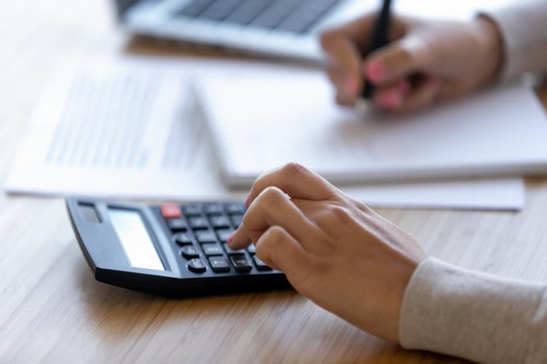 Необоснованное взимание налога за наружную рекламу выявили в Акмолинской области