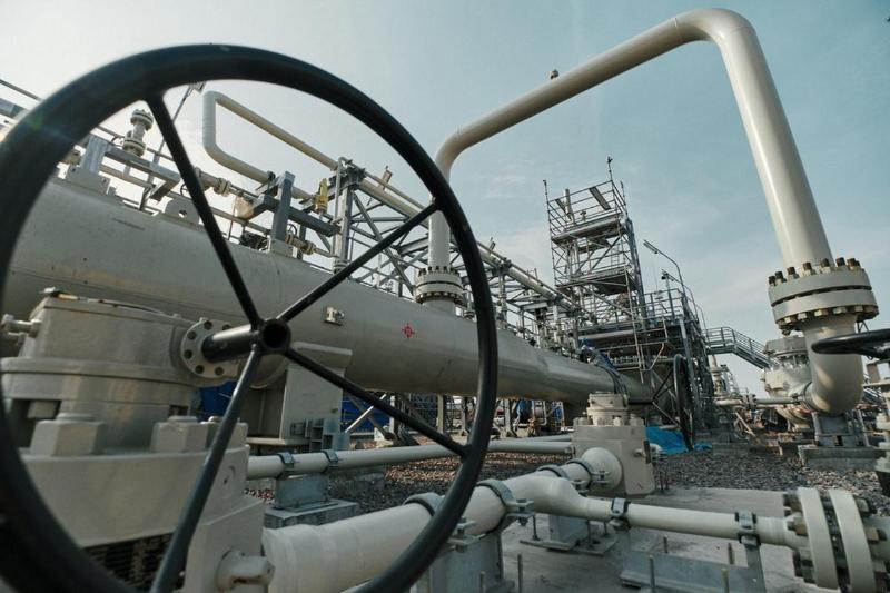 Цена газа в Европе закрепилась выше $1200 за 1 тыс. кубометров