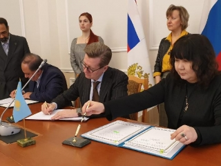 Kazakhstan, Russia, Iran ink memo on wheat trade coop