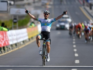 Tour of Oman. Stage 2. Stage victory for Astana's Lutsenko after a brave solo attack