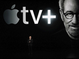 Apple unveils video streaming service, game arcade for fresh growth