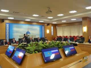 Kazakhstan, Russia coop in military education discussed