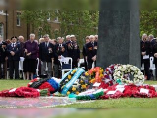 Kazakh Embassy partakes in wreath laying ceremony at Soviet War Memorial in London
