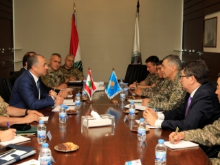 Kazakh, Lebanese defense ministers discuss bilateral coop