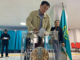Voting begins at all election districts in Kazakhstan and 15 foreign countries
