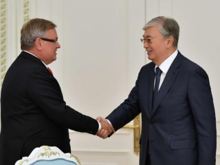Kazakh President receives chairman of VTB Bank Management Board