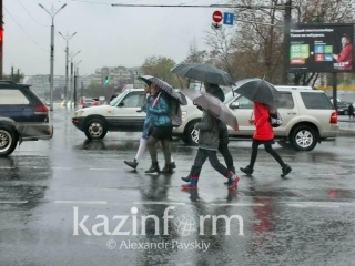 Wet weather grips Kazakhstan