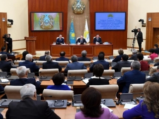 Government and Nur Otan faction should jointly tackle specific problems people have, Elbasy