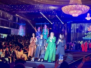 Kazakh Ambassador graces pieces by Kazakhstani designer on runway in Thailand